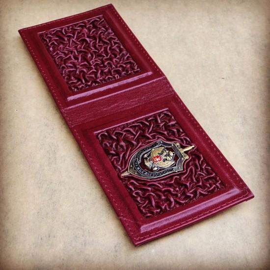 """Кожаная обложка на удостоверение ручной работы """"ФСБ Когорта Vinous"""" символика из бронзы (возможна персонализация изделия)"""